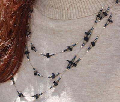 Halskette aus Perlen