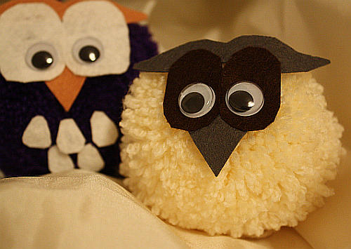 Pompon-Vogel und -Eule