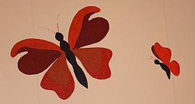 Schmetterlinge auf Wand