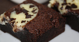 Brownies mit Frischkäse-Topping
