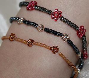 Blumen Armband Selber Machen Aus Perlen. Freundschaftsband Basteln