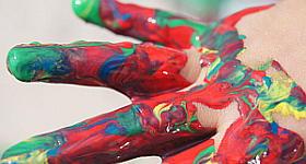 Riesen Spaß für Kleine – Fingerfarben selber machen