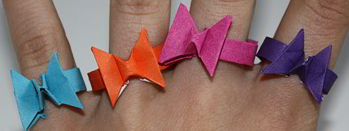 schmetterlinge-als-origami-fingerringe