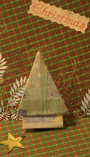 weihnachtsbaum-aus-geldschein-falten-anleitung