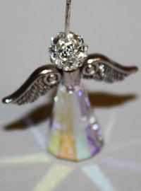 engel-charm-aus-perlen-basteln1