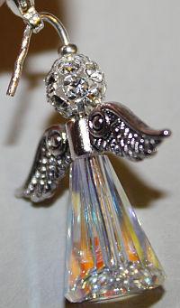 engel-charm-aus-perlen-basteln2