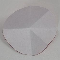 papier tannenbaum aus einem papierkreis