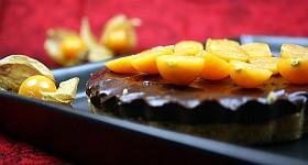 Schoko-Kuchen mit Physalis