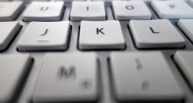 weisse-tastatur