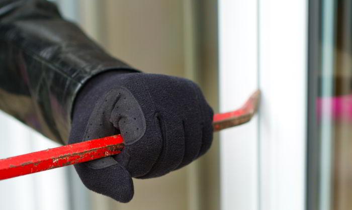 Vorsicht, Einbrecher! – so schützen Sie Ihr Hab und Gut vor Langfingern